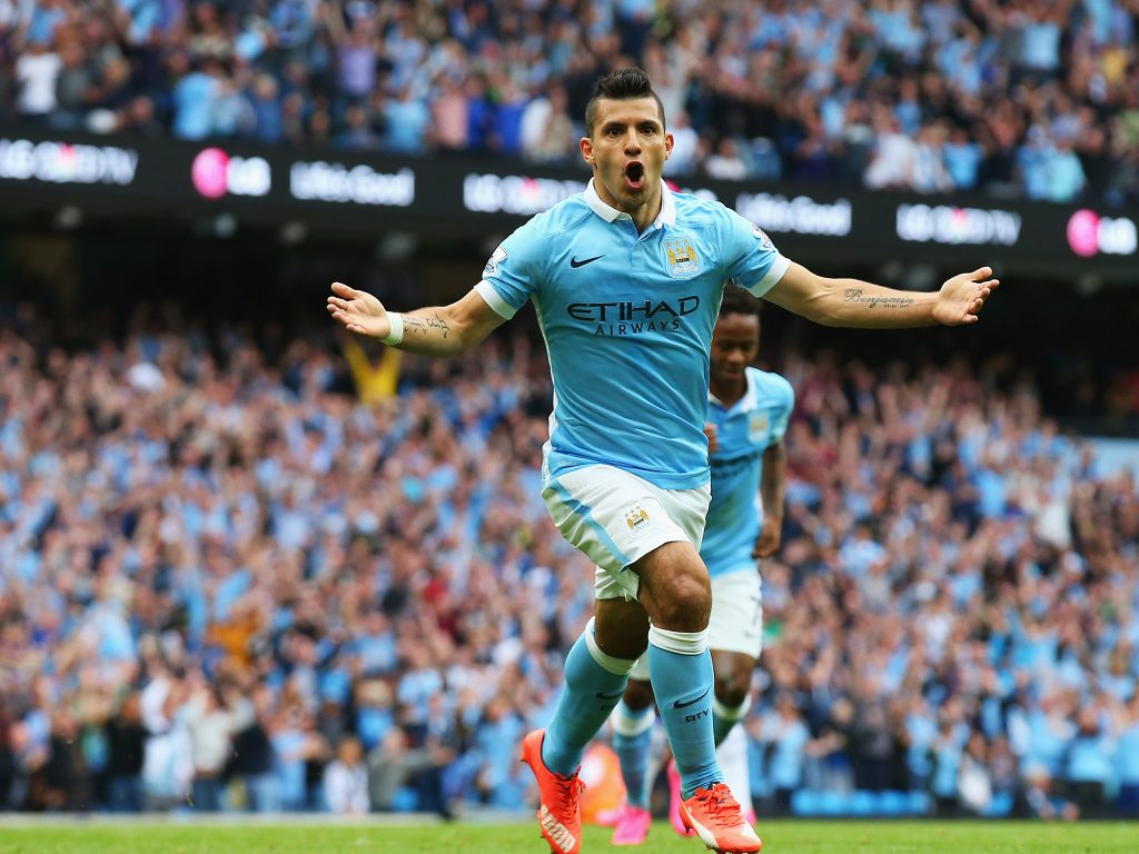 MANCHESTER, ENGLAND - AUGUST 16:  Sergio Aguero of Manchester City celebrates scoring the opening goal during the Barclays Premier League match between Manchester City and Chelsea at the Etihad Stadium on August 16, 2015 in Manchester, England.  (Photo by Alex Livesey/Getty Images)